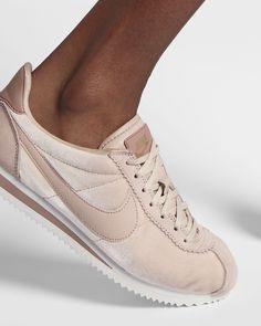 11b6b9fa1e6fd4 Nike Cortez SE Women s Shoe
