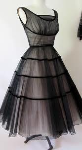 this dress makes my heart skip a beat!