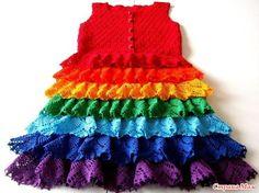 Расцвела на небе Вновь после дождя Разноцветной песней Радуга-дуга!  Никогда не думала, что придется повторить платье, связанное единожды для разнообразия гардероба дочери.