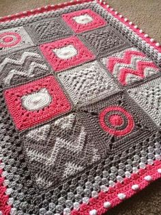 """Ditto previous pinner's """"Love!"""" It's inconsistently consistent...'y. It's not using a perfect pattern rhythm, and it still works. It's how so many granny square patterns work, but it standing out more here I guess because of square size and simplicity..."""
