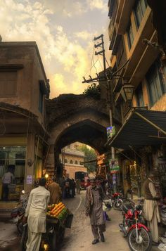 Chitta Gate - Walled City of Lahore Authority — Google Arts & Culture