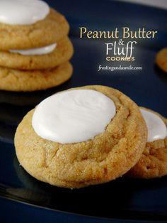 Peanut Butter and Fluff Cookies Soft peanut butter cookies topped with marshmallow fluff. #fluffernutter