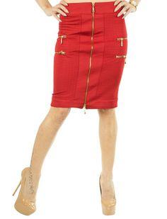 Fusta Dama Zipper Cool  Fusta dama casual. Model inspirat, usor elastic ce contureaza frumos silueta.  Detaliu patru fermoare laterale, de efect.  Se inchide cu fermoarul central/fata ce are dubla deschidere.     Lungime:54cm  Latime talie: 36cm  Compozitie: 90%Poliester, 10%Elasten