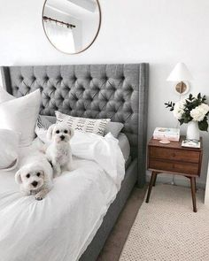 In a farmhouse design, the side table seems to have important roles that are unreplaceable. The farmhouse side table is Master Bedroom Design, Bedroom Inspo, Home Decor Bedroom, Master Bedrooms, Bedroom Sets, Home Design, Interior Design, Interior Decorating, Farmhouse Side Table