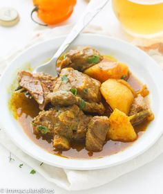 African Curry Goat or Lamb Stew (Jamaican Chicken Stew) Jamaican Curry Goat, Jamaican Cuisine, Jamaican Recipes, Curry Recipes, Jamaican Chicken, Goat Stew Recipe, Curried Goat Recipe, Goat Recipes, Indian Food Recipes