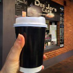 #coffee #sydney #sydneycoffeeculture #skimlatte #takeawaycoffee #morning #caffeinefix #ilovecoffee  #coffeetime #coffeeaddict #coffeelover #coffeecoffeecoffee #coffeeholic #barista #coffeeculture #coffeesnob #loveit #bondijunction  #springstreet #monday A great way to start the week. This unassuming place on Spring Street in Bondi Junction at the Community Center serves a really good coffee! by ilovesydneycoffee