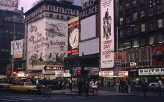 35 Incredible Color Found Photos Captured Everyday Life of New York City in the 1960s ~ Vintage Everyday