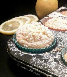 Non finirò mai di ringraziare colui o colei che inventò, sicuramente per puro caso questi dolci, I muffin al limone sono una delizia per il palato.