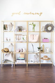 23 Trendy apartment bedroom decor for women white Boutique Decor, Boutique Interior, A Boutique, Fashion Boutique, Plywood Furniture, Design Furniture, Bar Design, Design Studio, House Design