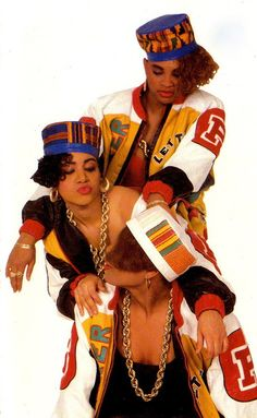 Salt n Pepa were a big deal in the 1980's. This picture shows them wearing the gold chains that were popular at that time. | THE 5TH ELEMENT MAGAZINE