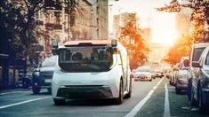 You've already seen GM's funky Cruise Origin self-driving vehicle, and now here are a few more details on the boxy six-passenger ride-sharing van. New Smart Car, Planes, Trains, Electric Cars, Electric Vehicle, Automotive News, Cabin Design, Self Driving, Business Branding