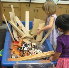 SAND AND WATER TABLES: BLOCKS IN THE SENSORY TABLE