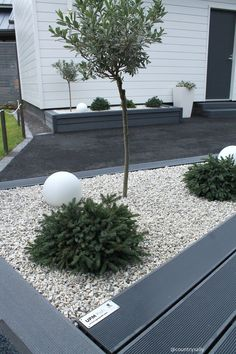 Postaussarjan osassa esittelyssä Seinäjoen Asuntomessujen tyylikkäimmät ok. Water Wise Landscaping, Modern Landscaping, Outdoor Landscaping, Front Yard Landscaping, Backyard Patio, Garden Makeover, Backyard Makeover, Back Gardens, Outdoor Gardens