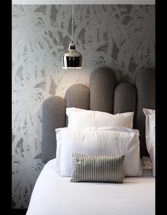 New Bedroom Design Hotel Pillows 16 Ideas Shelf Furniture, Bedroom Furniture, New Bedroom Design, Interior Design, Home Bedroom, Bedroom Decor, Bedrooms, Cama Futon, Hotel Pillows