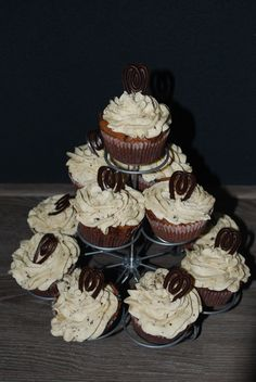 Chocolate cupcakes with a topping of stratiatella bavarois #baking #cupcakes #chocolate