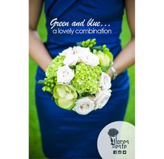 Make yourself look perfect using a blue dress with a green bouquet #weddingsFDE #Colombia #hydrangeas
