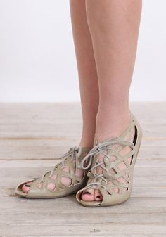 """MIA """"Botticelli"""" Sandals in Nude - ugly or cute?"""