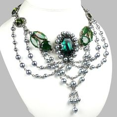 Absolute Necklace Emerald Green Antique silver - my favourite combination of rhinestones and beads