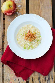Apple & celery risotto. http://www.jotainmaukasta.fi/2013/09/26/kisailua-kerrassaan/