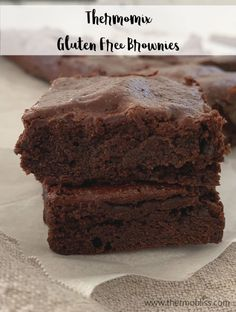 A simple brownie recipe that is full of f… Recette de brownies sans gluten Thermomix. Brownie Sans Gluten, Gluten Free Brownies, Best Brownies, Sans Gluten Thermomix, Thermomix Desserts, Baking Tins, Baking Recipes, Brownie Recipes, Chocolate Recipes