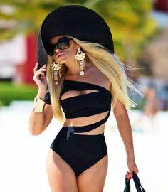 Ladies in Black https://www.facebook.com/AnGDesignHandmadestudiO/photos/a.481389138631900.1073741858.238564979580985/521982631239217/?type=3