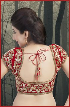 Now give fashion twist to your sareee blouse design and got some new collection of wedding saree blouse design. We are also sharing Embellished Blouse Designs also. Below Check all the Collection of Saree Blouse Designs. Blouse Back Neck Designs, Best Blouse Designs, Simple Blouse Designs, Stylish Blouse Design, Choli Blouse Design, Wedding Saree Blouse Designs, Choli Designs, Collection Eid, Designer Blouse Patterns