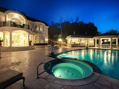 Opulent French Chateau in Studio City 50 luxury mansion pool e terror night view