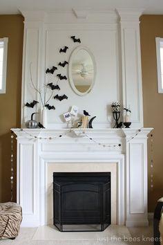 super cute halloween mantle