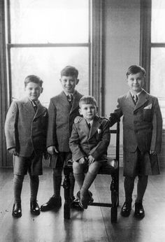 Brothers Graham, Sydney and Stewart Lee, and Ian Bayliff at the Fairbridge reception centre Knockholt, Kent, UK 1955. From the 1860s for a century, British children were sent to Commonwealth countries to help populate colonies and boost labour forces.   Australia's forgotten child migrants - Australian Geographic