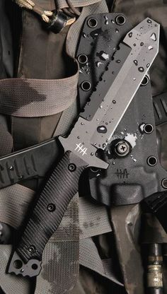 Hardcore Hardware MUK01 Mid Urban #Tactical Fixed Knife Blade. Visit Pinterest @Aegis Gears