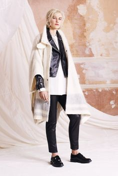 Belstaff - Fall 2015 Ready-to-Wear - Look 1 of 22