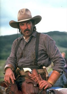 CROSSFIRE TRAIL (2001) - Tom Selleck as 'Rafe Covington' comes to the aid of a dead friend's wife on location near Calgary, Alberta (Canada) - Based on novel by Louis L'Amour - Directed by Simon Wincer - TV Movie for Turner Network Television - Publicity Still