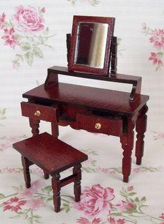 Miniaturowa toaletka skala 1:12 - handmade w Mini Crafts na DaWanda.com