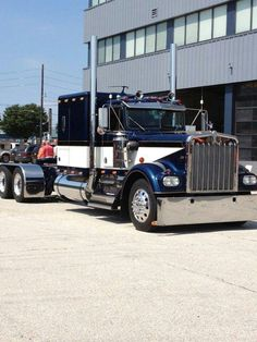 A Kenworth Cabover with that ' old school' look. Description from pinterest.com. I searched for this on bing.com/images