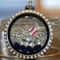 New York Yankees baseball locket necklace – SportLockets.com