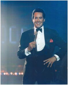 Wayne Newton's Vegas Performances