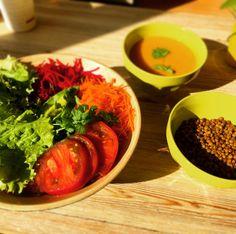 Lunch Assiette de crudités / velouté de potimarron / lentilles