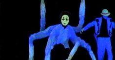 Expression dance in - Expression dance in black light --- #Theaterkompass #Theater #Theatre #Puppen #Marionette #Handpuppen #Stockpuppen #Puppenspieler #Puppenspiel