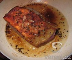Jednoduchý recept na křupavá kachní prsa hotová za 25 minut. French Toast, Pork, Food And Drink, Chicken, Meat, Dinner, Cooking, Breakfast, Recipes