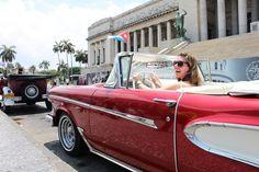 Yes! Een ritje in een #oldtimer door het centrum van #Havana, #Cuba! #travelsmart