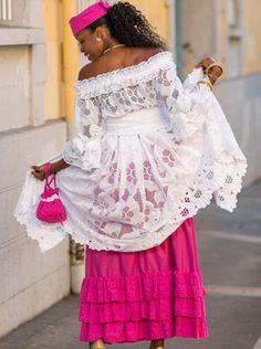 African Fashion – Designer Fashion Tips African Attire, African Wear, African Women, African Fashion Ankara, Ghanaian Fashion, Mode Abaya, Mod Fashion, Couture, Ankara Styles