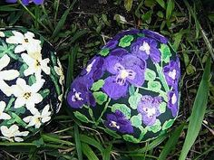How to Paint a Pansy Rock Decoration