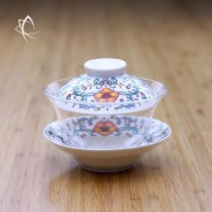 Larger Peony Motif Gaiwan with Glass Bowl Featured View