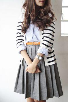 beautiful wool pleated skirt- scholar style