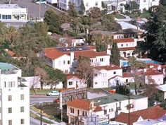Gallery of photographs showing the Garden of Allah Hotel, 8152 Sunset Boulevard, West Hollywood to Hollywood Homes, West Hollywood, Vintage Hollywood, Classic Hollywood, Garden Of Allah, Los Angeles Hollywood, Los Angeles Neighborhoods, Chateau Marmont, Sunset Strip