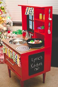Lyric's Play Kitchen Project