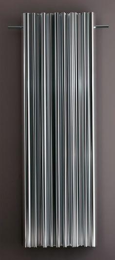QUALCOSADIELEGANTE- Radiateur en aluminium. Finition brillant ou anodisé, RAL couleur et blanc- Dimension 1800x597mm - puissance 1660W - à partir de 2100€