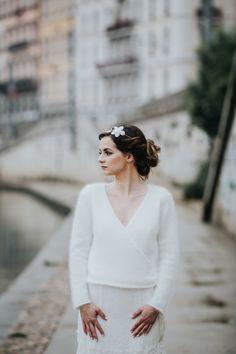 veste de mariée  - cache coeur mariée - tricot  pour mariage - maille angora ruban satin - accessoire mariage hiver