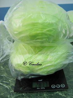 Varza congelata pusa la murat by Cerulina – cerulina Lettuce, Cabbage, Cooking Recipes, Wellness, Vegetables, Food, Anthropologie, Bedroom, Canning