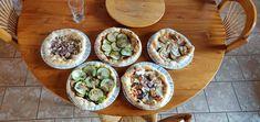 Cliquez sur le lien ou l'image et obtenez les meilleures recettes de pizza Pizza Napolitaine, Thing 1, Tacos, Ethnic Recipes, Food, Top Recipes, Essen, Meals, Yemek